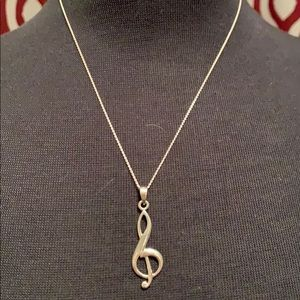 Simple silver chain with musical note charm